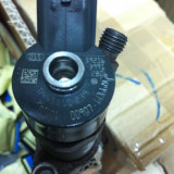 Injector diesel Citroen Ford Peugeot 0445110239