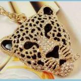 BRELOC Cool Leopard Crystale SVAROWSKI CUTIE CADOU - Breloc Auto