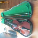 Vand vioara romaneasca anul 1985