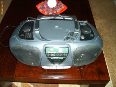 Combina audio Philips, Mini-sistem - Radio - cd philips - cd defect !!!