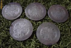 Cinci suporturi suedeze argintate pentru pahare