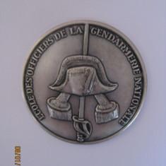 REDUCERE 20 LEI! F.RARA!EMBLEMA FRANCEZA ARGINTATA A SCOLII NAT.DE OFITERI JANDARMI DIN ANII 20