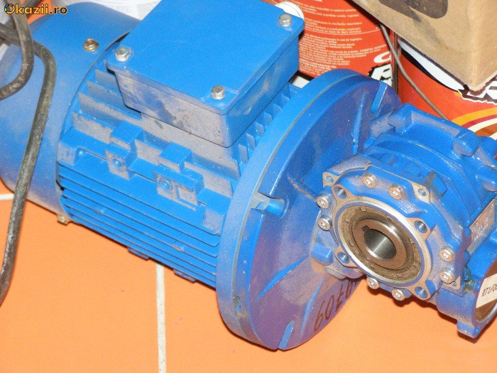 Grup motor reductor 055kw/60rpm foto mare