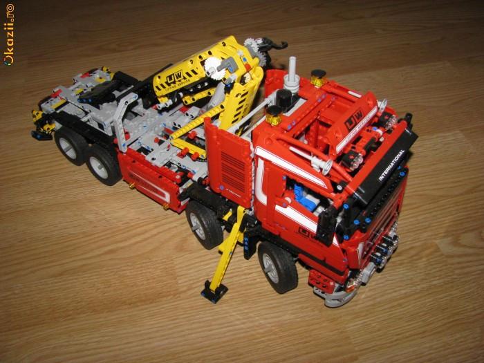 lego cars lego technic 8258 super macara cu motor electric okazii 58455243. Black Bedroom Furniture Sets. Home Design Ideas