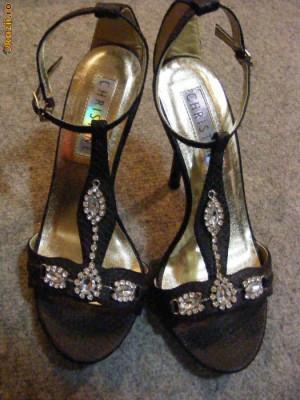 Sandale de ocazie foto