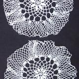 Set 2 mileuri /dantele crosetate manual din bumbac alb, model specific ramanesc, Ardeal-Alba, 1950, stare IMPECABILA - tesatura textila