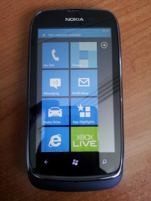 Nokia Lumia 610 foto mare