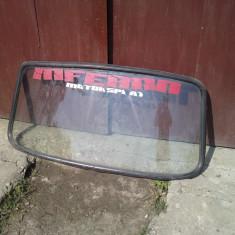 Parbriz si luneta dacia
