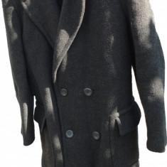 Palton barbati marimea 48 SUPER PRET --- PRET REDUS CU 30% ---