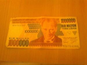 Vand doua bacnote de 1000.0000 Lire Turcesti din anul 1970 foto mare