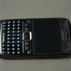 Telefon mobil Nokia E71, Neblocat - Nokia E71 folosit, stare buna (fabricat in Finlanda!)