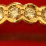 Inel aur deosebit cu diamante