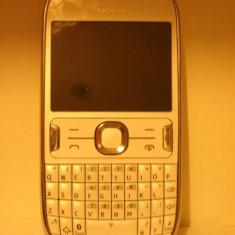 Telefon mobil Nokia Asha 302, Alb, Orange - Nokia 302 Asha, nota 9/10, telefonul are 2 luni, pachet full, nu ezita !!!!!