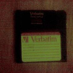 Dischete flopy ideale pentru stocari date, masini numerice sau design, negre sau diverse culori . - Floppy disk PC Verbatim