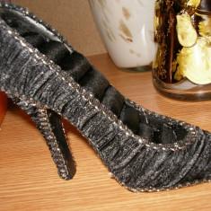 Suport bijuterii pantof negru - Cutie Bijuterii