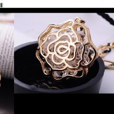 Colier fashion filat cu aur galben 9 k cu pandativ, cristale - Colier aur