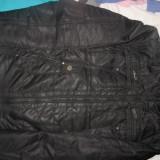 Geaca groasa impermeabila, cu blana la gat, impecabila, mar. XL, pret de achizitie 500 lei - Geaca barbati, Culoare: Negru, Negru