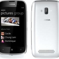 Vand sau schimb nokia lumia 610 white - Telefon mobil Nokia Lumia 610, Alb, Neblocat
