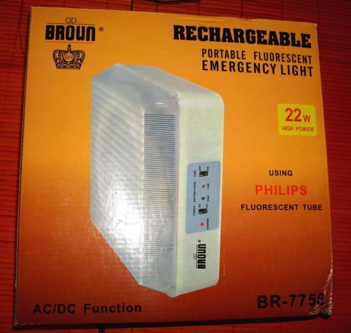 Lampa portabila cu acumulatori reincarcabili pentru drumetii, cabana, cort, cu tub fluorescent, utila si ca lampa de urgenta, se vinde la pret final foto mare
