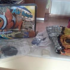 Pestele zburator NEMO (ClownFish) cu heliu