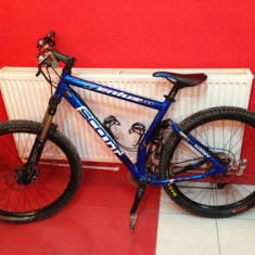 Mountain Bike - SCOTT GENIUS MC40