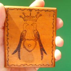 Tabachera veche din lemn / Port tigaret, tigari. De colectie!