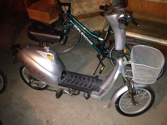 Moped Electric foto mare