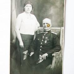 Fotografie veche - FOTOGRAFIE ROMANIA MILITAR OFITER UNIFORMA DECORATII BUZDUGAN BUCURESTI 1931 **