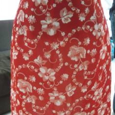 Fusta scurta rosie cu imprimeu floral, Forma A, Marime: 34, Rosu, Poliester