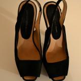 Pantofi negri de ocazie Zara