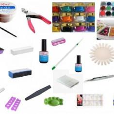 Trusa manichiura - Kit / set complet manichiura / unghii false / lampa uv / geluri / primer