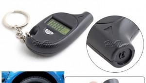 Manometru digital breloc - Masurare presiune roti / pneuri foto