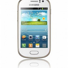Telefon mobil Samsung Galaxy Fame - Vand samsung galaxy fame 6810 alb garantie 18 luni factura veche stare perfecta