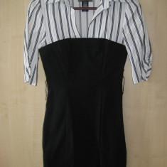 Rochie deosebita, Firma GUESS, Marime XS, 100% originala, autentica, import SUA, Culoare: Din imagine