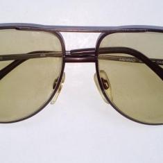 Ochelari vintage de soare - MENRAD 635 AVIATOR -, anii '70, fabricati in Germania, Unisex, Maro, Pilot, Metal, Protectie UV 100%