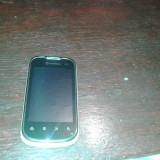 Telefon mobil Vodafone, Rosu, 1GB, Neblocat, Single SIM, Single core - Vand Vodafone Smart 2