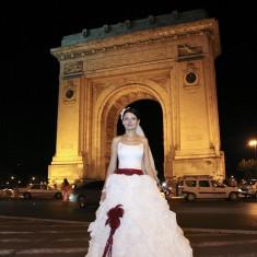 Rochie de mireasă model Dafne Tip Printesa model deosebit - Rochie de mireasa printesa