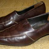 Pantofi dama marca Paul Green piele marimea 4 1/2 ( echivalent 37.5 european ) , locatie raft ( 3 / 8 )