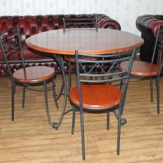 PRET REDUS 20%.---Masa cu 4 scaune. Fier forjat si lemn masiv. - Mobilier