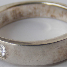 Inel vechi din argint cu piatra alba (8) - de colectie