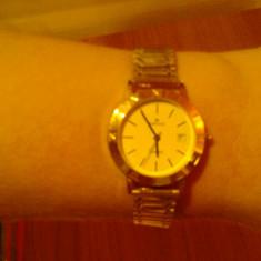 Ceas de aur, dama, 38gr aur de 18k . Bratara, carcasa, piesele sunt din aur 18 k ( nu suflate cu aur ). Ideal pentru cadou . - Ceas dama