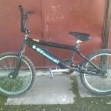 Bicicleta BMX Kawasaki ieftin, 20 inch, Numar viteze: 1, Negru-Verde, BMX freestyle