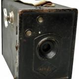 APARAT RAR DE FOTOGRAFIAT - TIP CUTIE, MARCA AGFA BOX B2, VECHI DIN ANUL 1932!