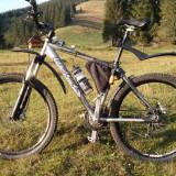 Bicicletă mountain bike performantă, 18 inch, 26 inch, Numar viteze: 24, Aluminiu, Gri mat