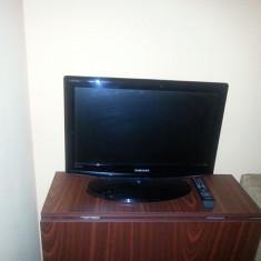 LCD SAMSUNG DIAGONALA 56 - Televizor LCD Samsung, 22 inchi (56 cm), HD Ready, HDMI: 1