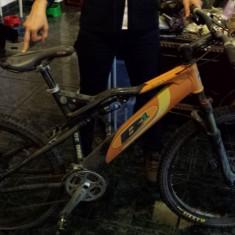 Bicicleta MTB B1 Bee One full air suspension - Mountain Bike Nespecificat, Numar viteze: 9, Aluminiu, MTB Full Suspension, Discuri, Cu amortizor