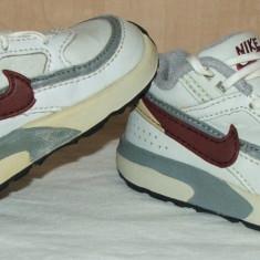 Adidasi copii NIKE - nr 20