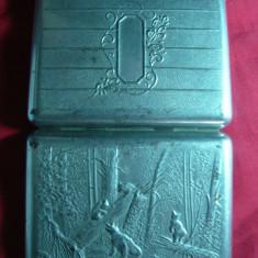 Tabachera metal nichelat cu ursuleti, cu fotografii din filme in interior - Tabachera veche