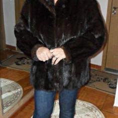 Palton dama, Maro, L - Blana de nurca