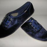OFERTA! Tenisi dama KEDS ORIGINALI noua colectie catifea albastru royal Sz 36 !, Textil